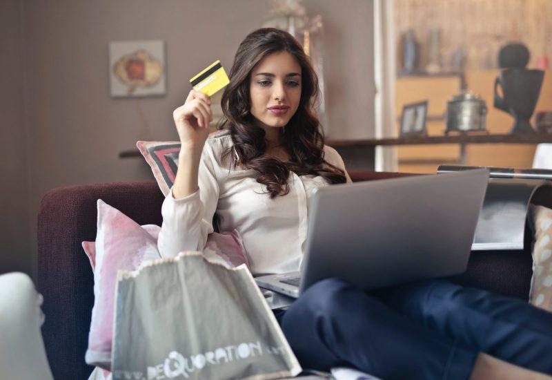 e-commerce.jpeg